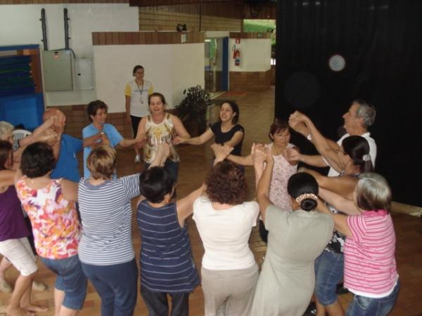 Oficina de Memória pela Dança